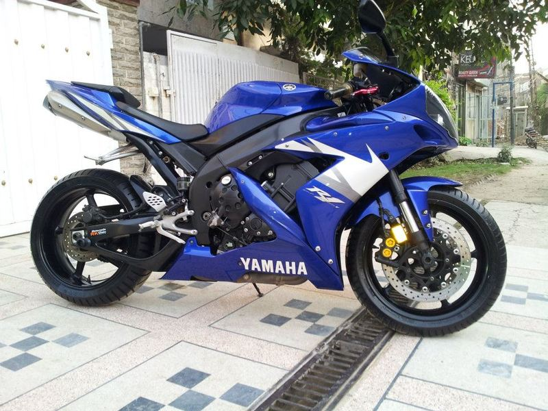 Used yamaha yzf r1 2005 bike for sale in lahore 98571 for 2005 yamaha r1 for sale