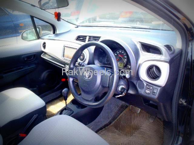 Used Toyota Vitz 2012 Car for sale in Peshawar - 503882 - 1616601