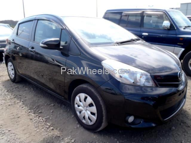 Used Toyota Vitz 2012 Car for sale in Peshawar - 503882 - 1616606