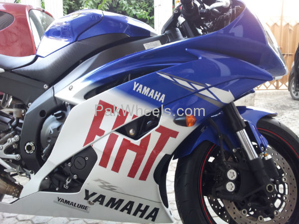 Used Yamaha YZF-R1 2010 Bike for sale in Islamabad - Used Bike 99762 - 1730446