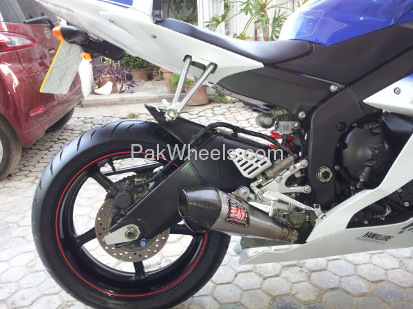 Used Yamaha YZF-R1 2010 Bike for sale in Islamabad - Used Bike 99762 - 1730447
