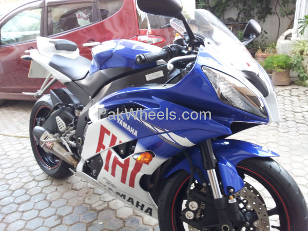 Used Yamaha YZF-R1 2010 Bike for sale in Islamabad - Used Bike 99762 - 1730450