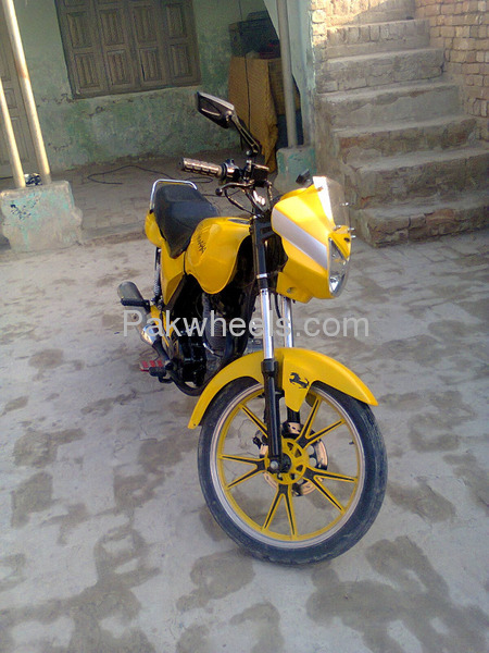 used yamaha vino 125 2013 bike for sale in dera ghazi khan 101689 pakwheels. Black Bedroom Furniture Sets. Home Design Ideas