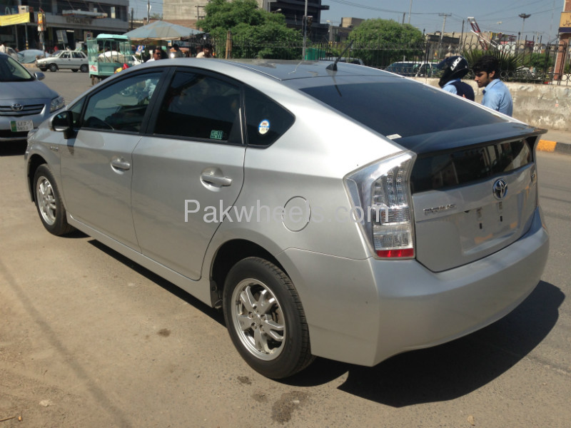 Used Toyota Prius 1.8 G 2009 Car for sale in Faisalabad - 527336 - 2063024