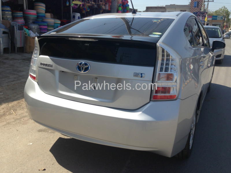 Used Toyota Prius 1.8 G 2009 Car for sale in Faisalabad - 527336 - 2063025
