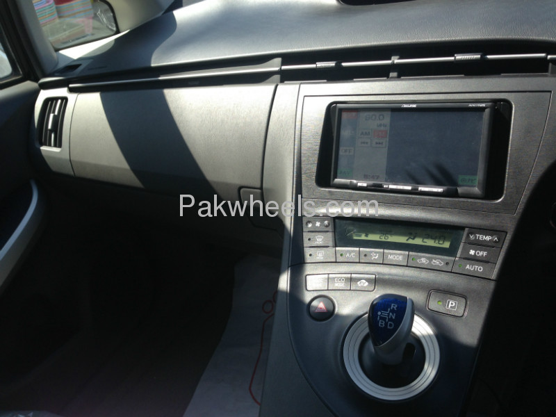 Used Toyota Prius 1.8 G 2009 Car for sale in Faisalabad - 527336 - 2063027