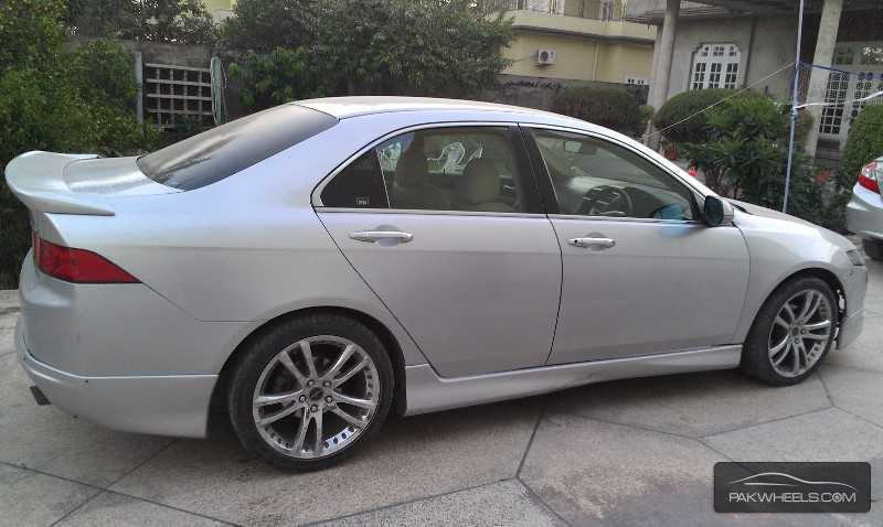 Used honda accord cl7 2004 car for sale in sialkot for Honda accord used cars for sale