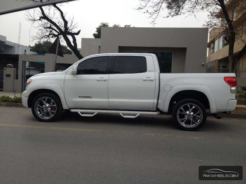 2010 toyota tundra wheels autos post. Black Bedroom Furniture Sets. Home Design Ideas