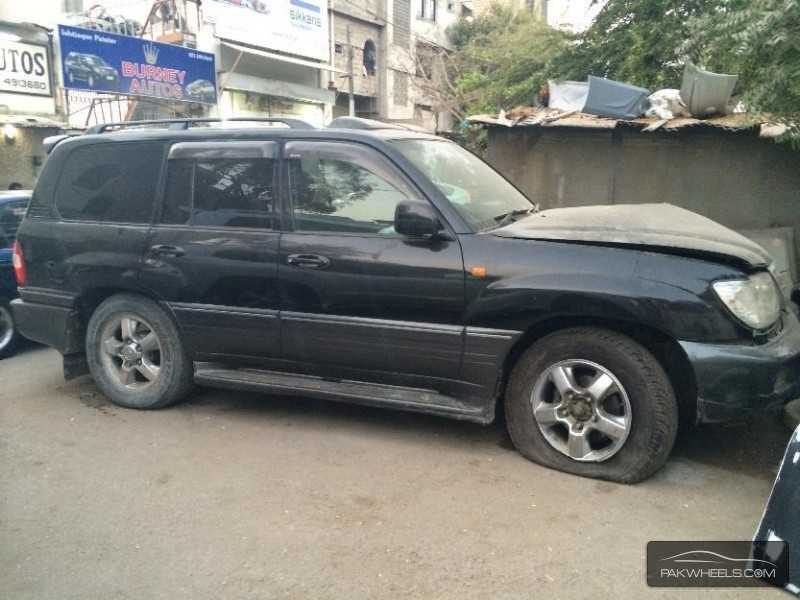used toyota land cruiser vx limited edition 2005 car for sale in multan 803239 pakwheels. Black Bedroom Furniture Sets. Home Design Ideas