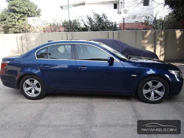 used bmw 5 series 530i 2003 car for sale in lahore 809102 pakwheels. Black Bedroom Furniture Sets. Home Design Ideas