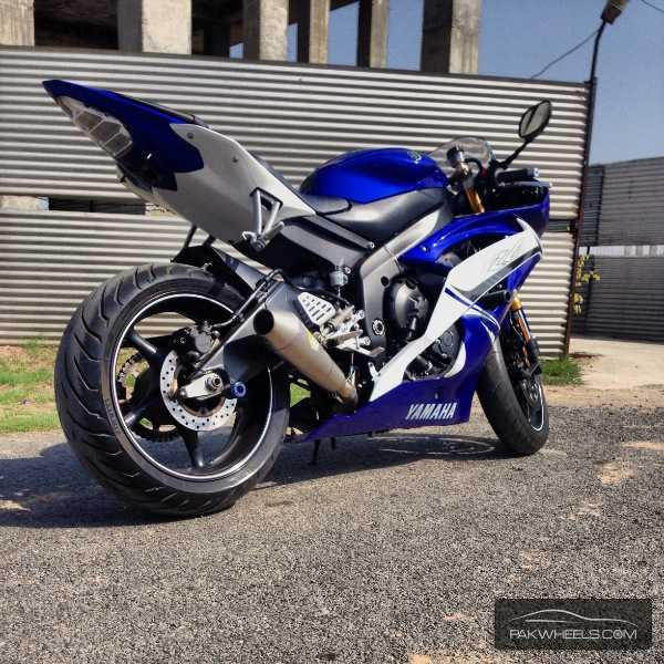 used yamaha yzf r6 2011 bike for sale in lahore 115625 pakwheels. Black Bedroom Furniture Sets. Home Design Ideas