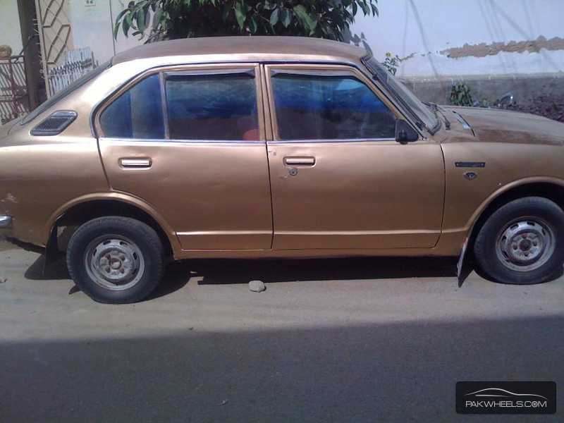 used toyota corolla 1972 car for sale in karachi 839670 pakwheels. Black Bedroom Furniture Sets. Home Design Ideas