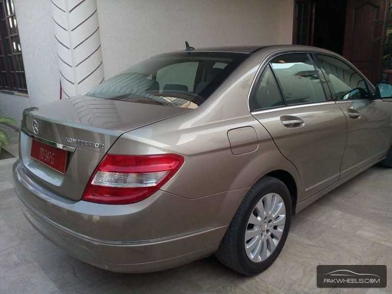 Used mercedes benz c class c180 2008 car for sale in for Mercedes benz c class 2008 for sale