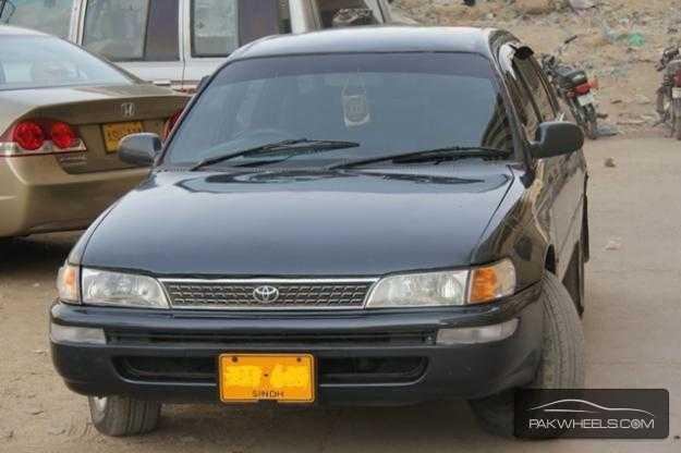 used toyota corolla 1998 car for sale in karachi 844222 pakwheels. Black Bedroom Furniture Sets. Home Design Ideas