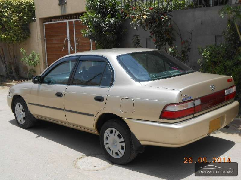 used toyota corolla gl saloon 1998 car for sale in karachi 850260 pakwheels. Black Bedroom Furniture Sets. Home Design Ideas