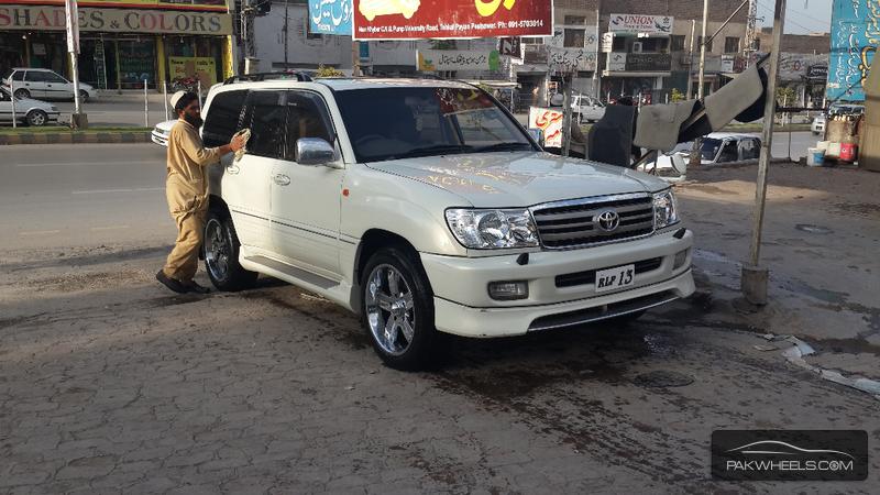 used toyota land cruiser v8 2000 car for sale in peshawar 866505 pakwheels. Black Bedroom Furniture Sets. Home Design Ideas