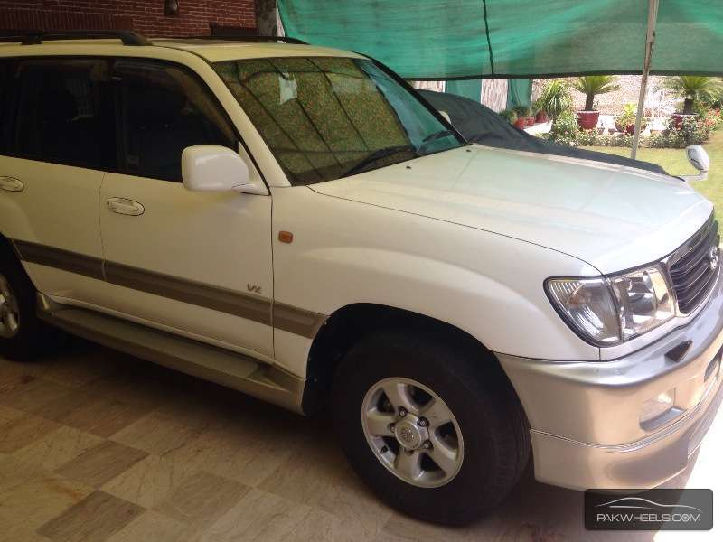 used toyota land cruiser 1998 car for sale in peshawar 892129 pakwheels. Black Bedroom Furniture Sets. Home Design Ideas