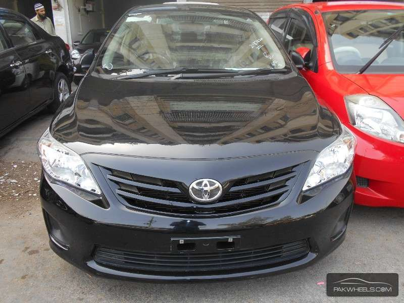 used toyota corolla gli 2014 car for sale in karachi 895908 pakwheels. Black Bedroom Furniture Sets. Home Design Ideas