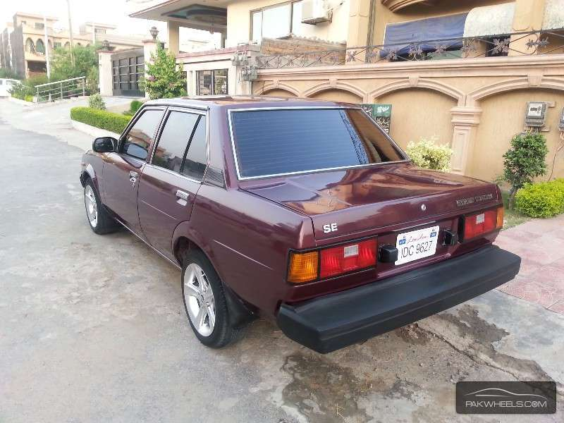 toyota corolla for sale in islamabad pakwheels. Black Bedroom Furniture Sets. Home Design Ideas