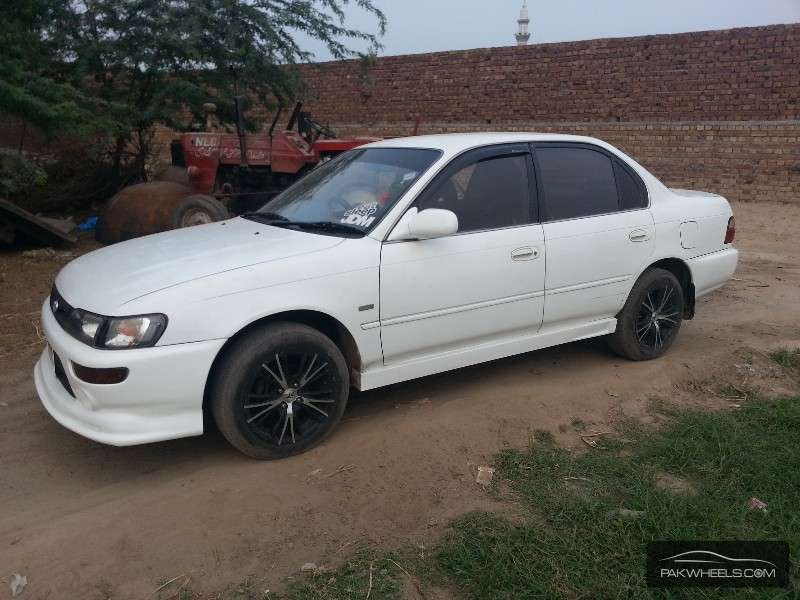 used toyota corolla se saloon automatic 1996 car for sale in faisalabad 918209 pakwheels. Black Bedroom Furniture Sets. Home Design Ideas