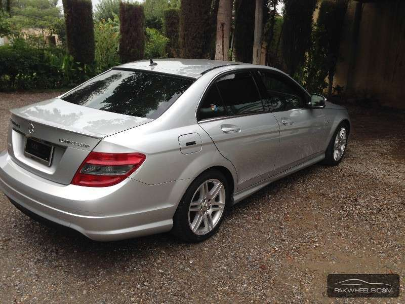 C class for sale in peshawar pakwheels for Mercedes benz c class used cars for sale