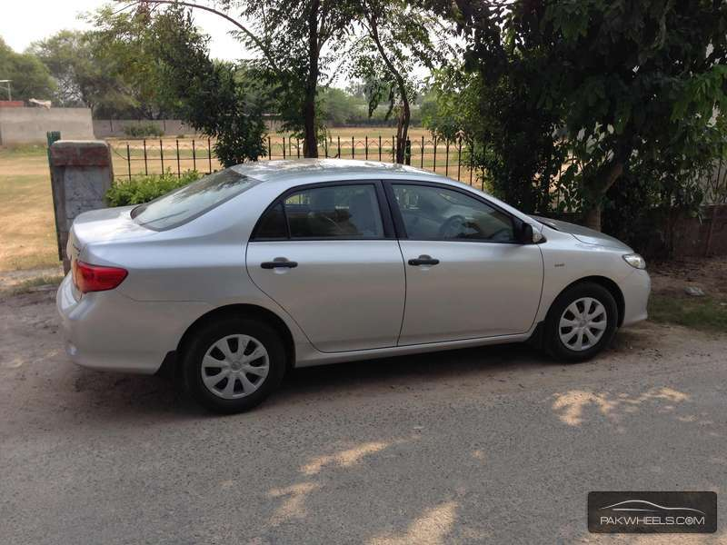 used toyota corolla gli 2010 car for sale in lahore 933941 pakwheels. Black Bedroom Furniture Sets. Home Design Ideas