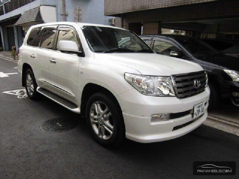 used toyota land cruiser zx 2010 car for sale in lahore 936225 pakwheels. Black Bedroom Furniture Sets. Home Design Ideas