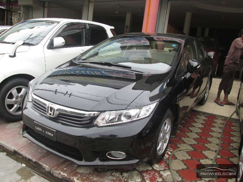 used honda civic 2013 car for sale in lahore 936835 pakwheels. Black Bedroom Furniture Sets. Home Design Ideas