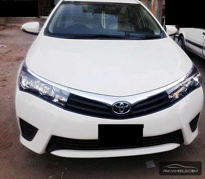 used toyota corolla gli vvti 2014 car for sale in lahore 975898 pakwheels. Black Bedroom Furniture Sets. Home Design Ideas
