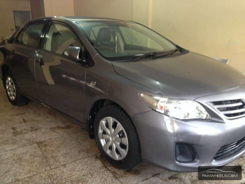 used toyota corolla 1 6 gli dual vvti automatic 2014 car for sale in karachi 1000803 pakwheels. Black Bedroom Furniture Sets. Home Design Ideas