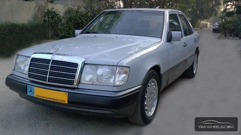 Used mercedes benz e class e 230 1991 car for sale in for Used mercedes benz rims for sale