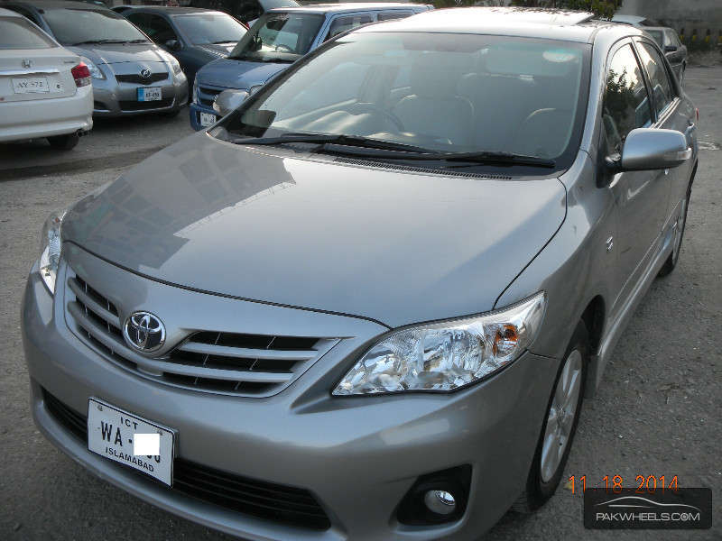 used toyota corolla altis 1 8 2012 car for sale in islamabad 1002983 pakwheels. Black Bedroom Furniture Sets. Home Design Ideas