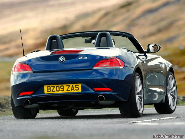 2010 BMW Z4 UK Version wallpapers
