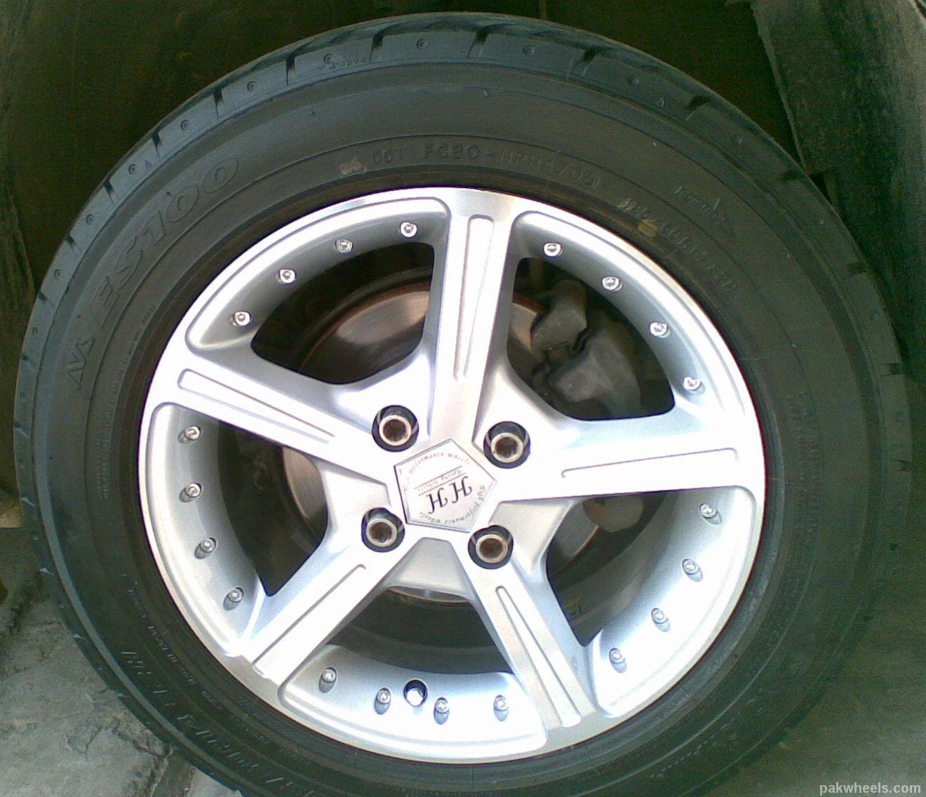 got new rims tyres 185 60 r14 116370. Black Bedroom Furniture Sets. Home Design Ideas