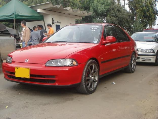 Civic 95 Required In Karachi Maroon Or Tomato Red Colour