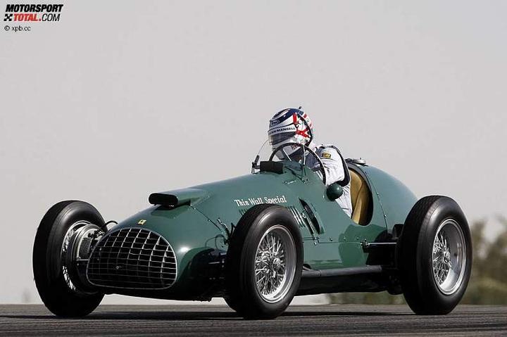 -Formula 1  - Season 2010 - - 48129attach