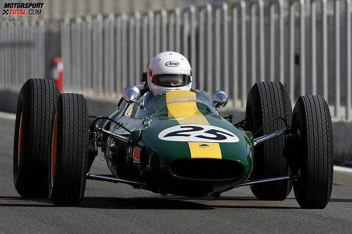 -Formula 1  - Season 2010 - - 48137attach