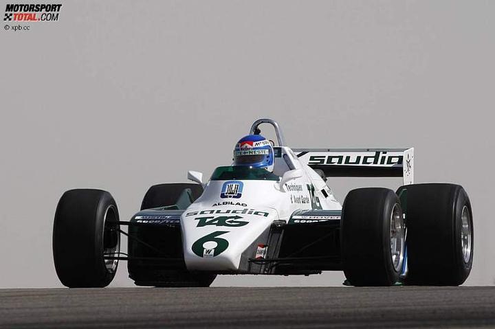 -Formula 1  - Season 2010 - - 48145attach