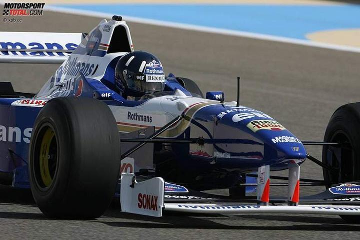 -Formula 1  - Season 2010 - - 48147attach
