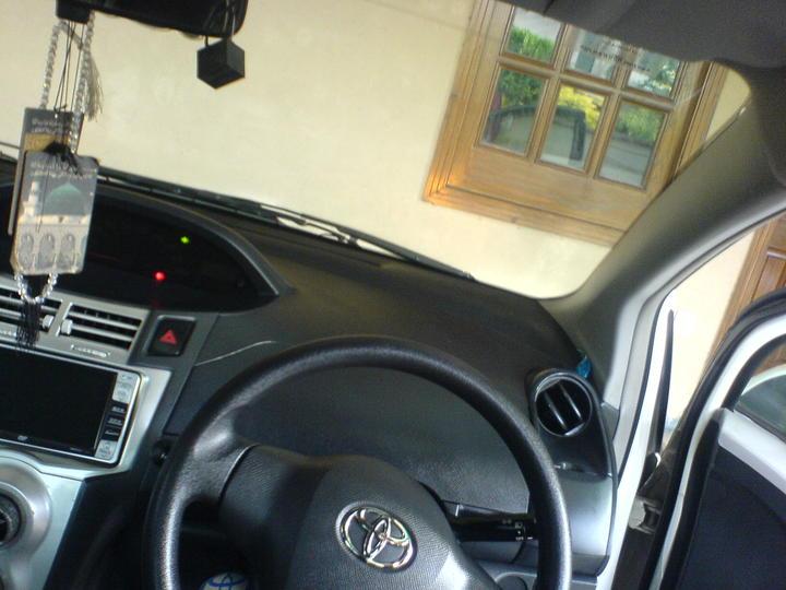 Vitz interior - 50178attach