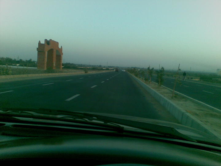 Travelling From Karachi To Lahore By Car