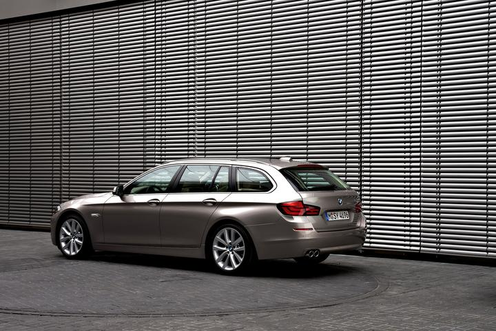 BMW Fan Club - 49346attach