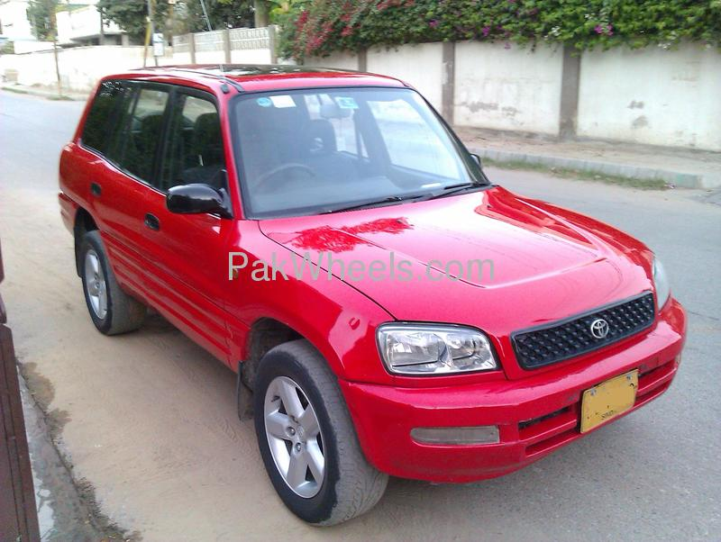 Toyota RAV4 1996 of omarmansoor - 67505